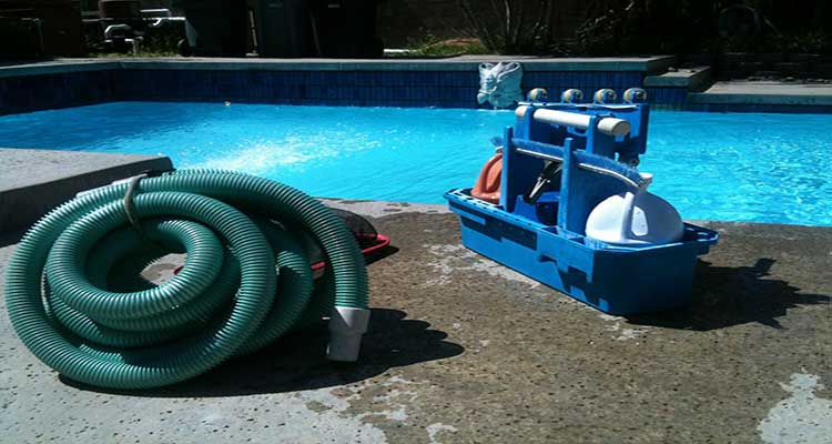 how to hook up automatic pool vacuum